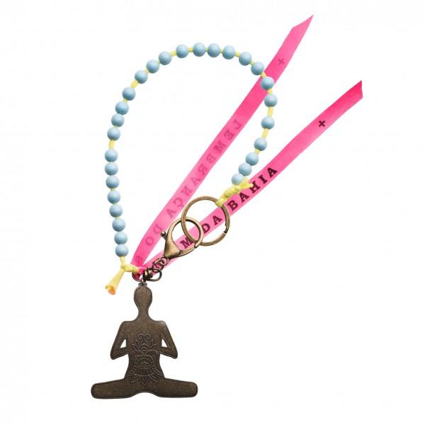 Yoga Schlüsselanhänger hellblau mit Lotussitz